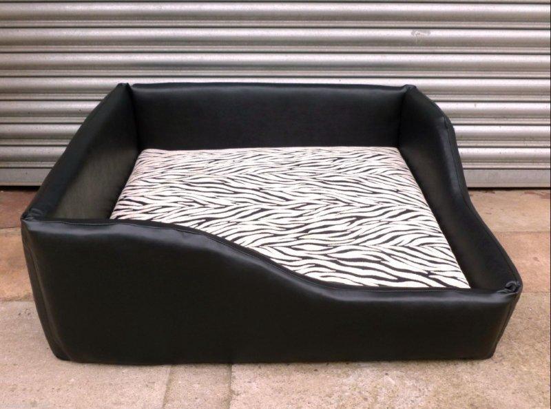 Zippy Dog Bed