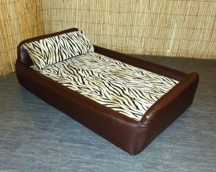 ZEBRA DIVAN DOG BED